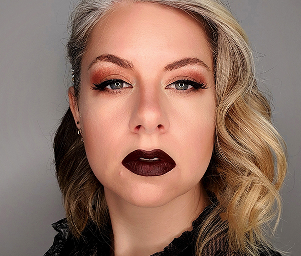 Self Protrait - Dark Lips